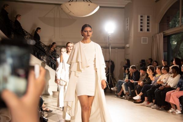 BM fashion exhibition-310