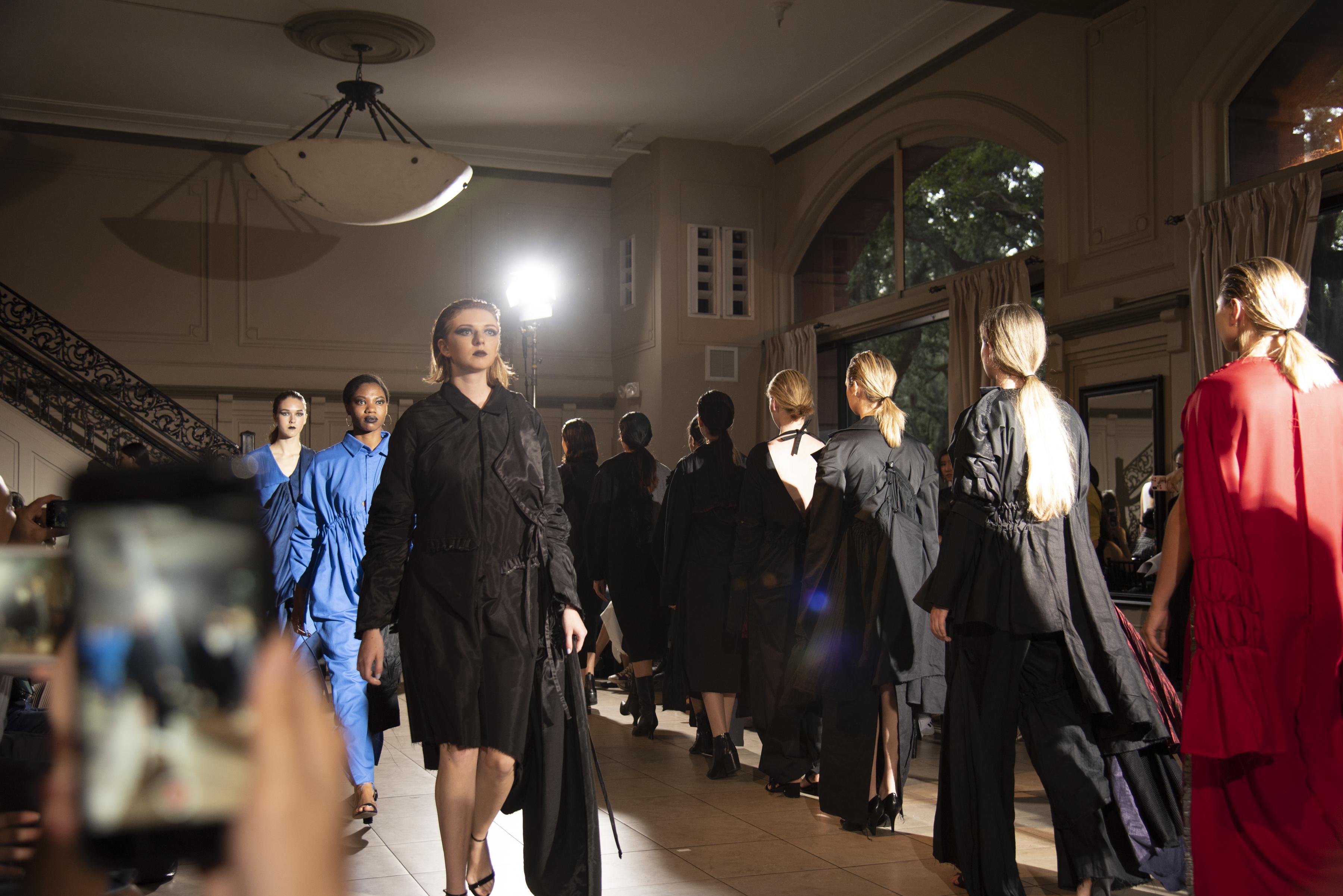 BM fashion exhibition-323